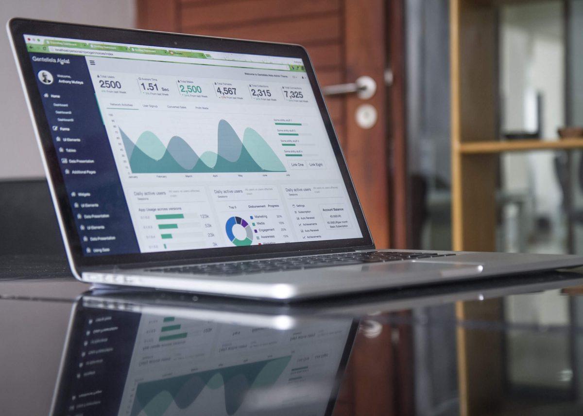 Kurser i forretningsmæssig databehandling og analyse